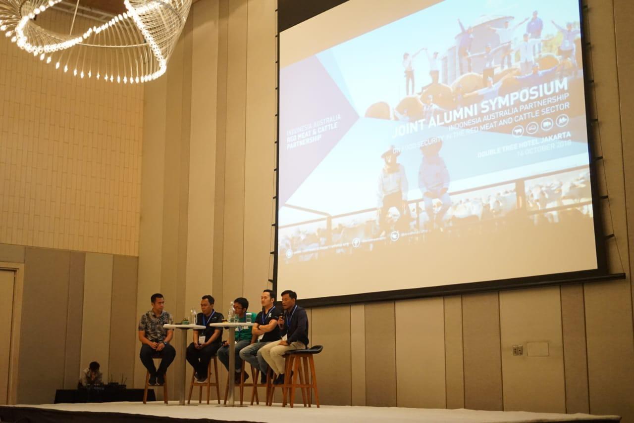 Kelima panelis berbagi inspirasi tentang inovasi berbasis teknologi sebagai solusi-solusi baru di sektor peternakan dan pertanian di Indonesia.